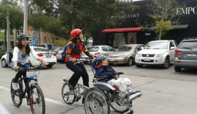Vélo pousseur